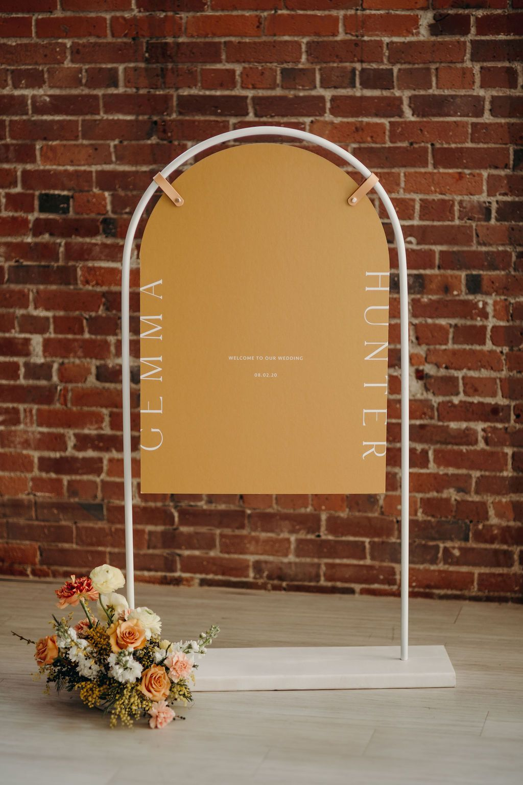 DIY Tutorial for Arch Easel/Rock & Stone Weddings Showit