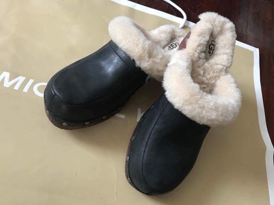 acaa64dd315 Details about UGGS TAN SUEDE SHEEPSKIN FUR LINED CLOGS # 5426 KALIE ...