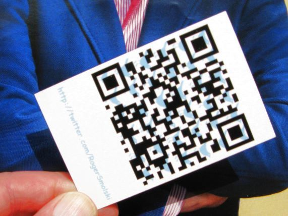 Business card witha qr code for a twitter accounthttp business card witha qr code for a twitter accounthttphowtousetwitterfordummies colourmoves