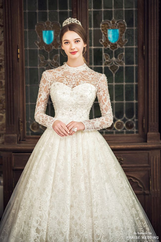 This jeweled gown from Jeongkyungok featuring a classic silhouette and chic detailing is overflowing with regal romance!