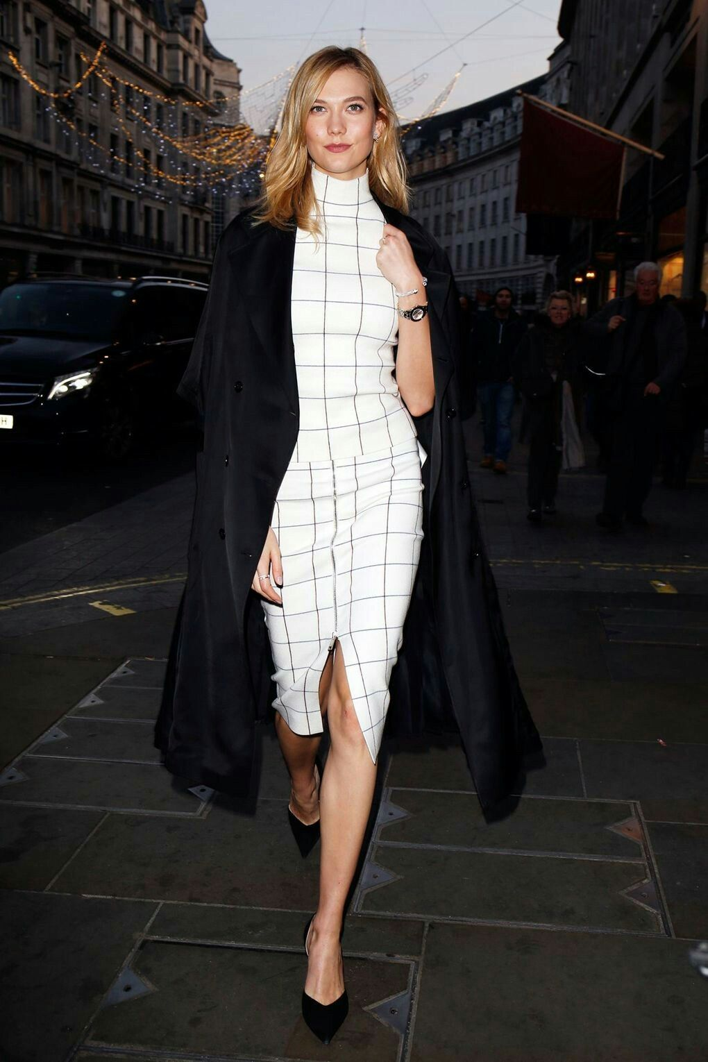 Swarovski Store Regent Street, London - December 5 2016 Karlie Kloss.