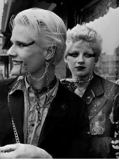 Soo Catwoman and some pals-1978.   punk fashion in 2019 ...