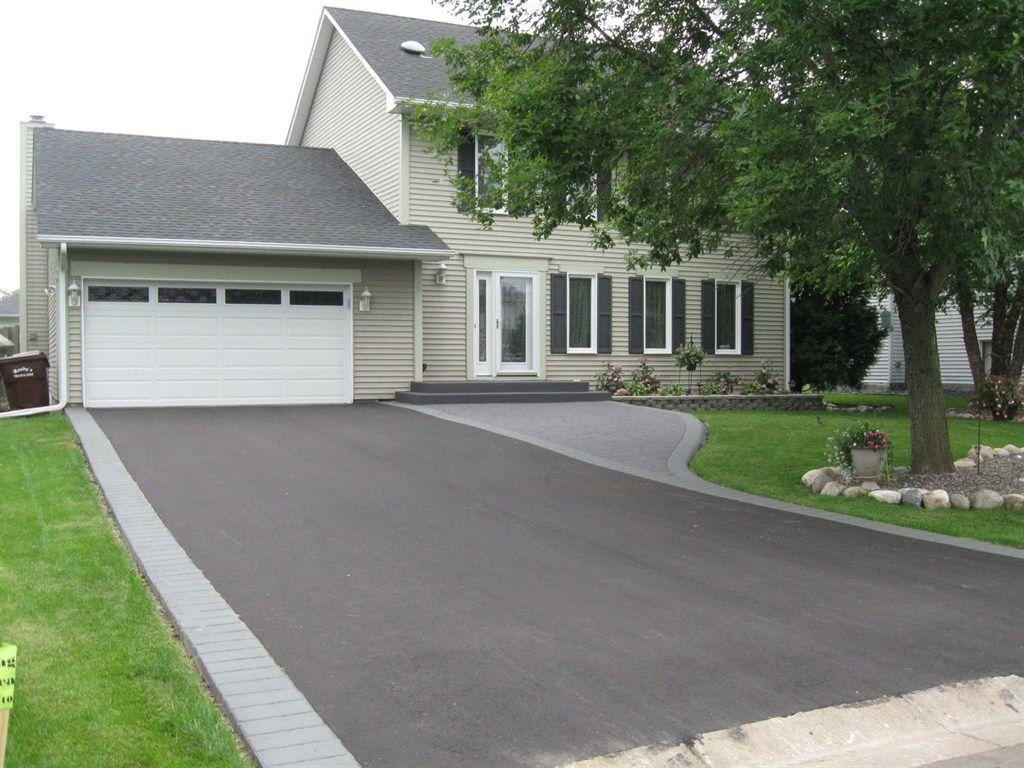 blacktop driveway design - Google Search | Outside Decor | Pinterest ...