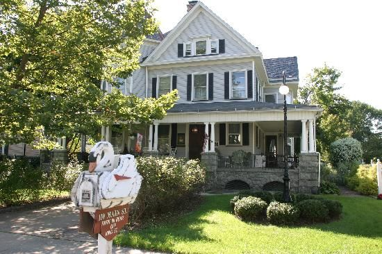 Valentine's weekend places to go and things to do:  Whistling Swan Inn,Stanhope, NJ