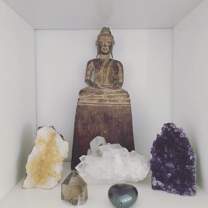 arrangement of crystals