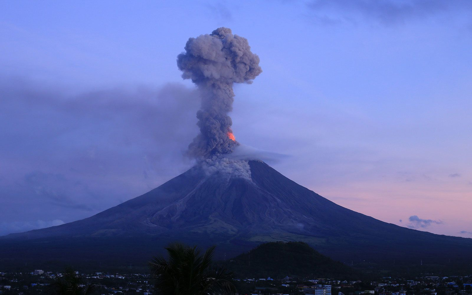 Philippines Volcano Eruption Imminent Volcano Philippines Natural Disasters