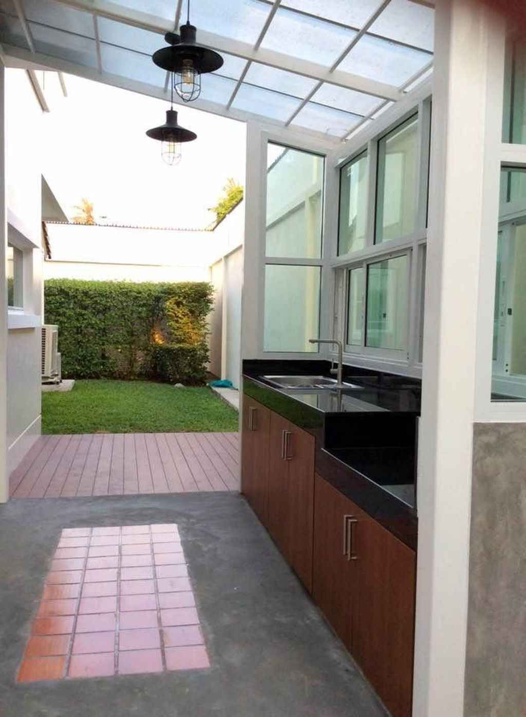 95 Incredible Outdoor Kitchen Design Ideas For Summer Homixover Com Di 2020 Dekorasi Rumah Elegan Desain Interior Modern Dapur Luar Ruangan