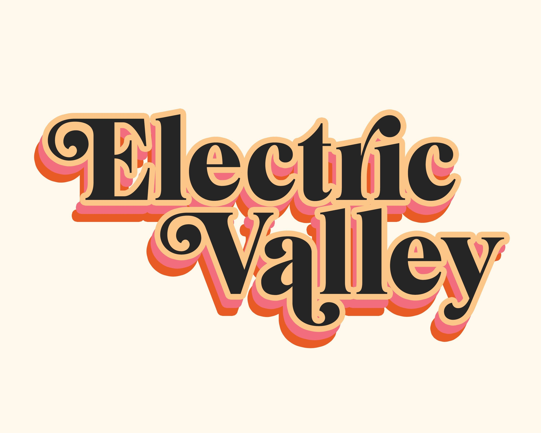 Retro Logo Boutique 70s Logo Psychedelic Fashion Logo Etsy In 2020 Retro Logo Design Retro Logos Retro Logo
