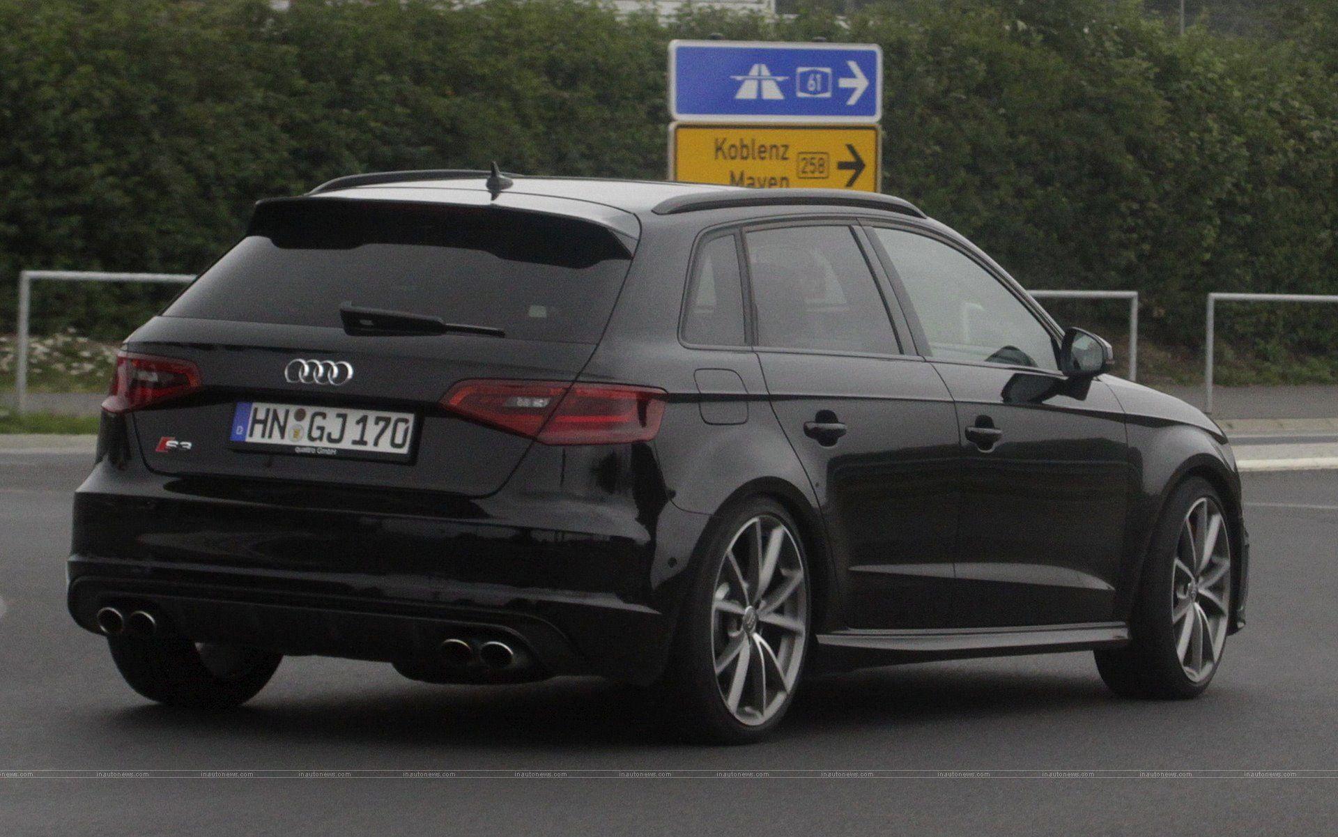 Black Audi RS3 2