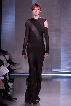 Donna Karan Fall 2002 Ready-to-Wear Fashion Show - Teresa