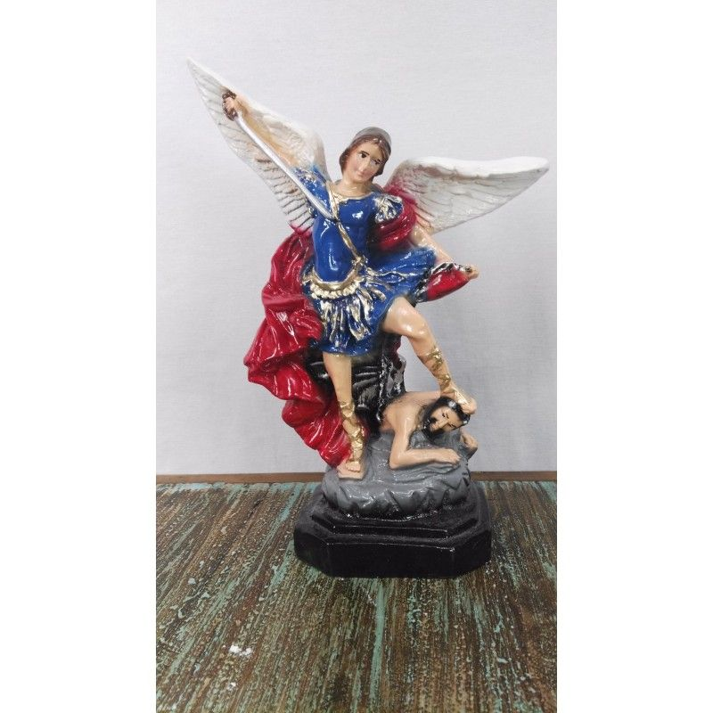 Small St.Miguel Arcangel, Made in plaster.  St.Miguel Arcangel (Small)  Reference:  STMI-RE247