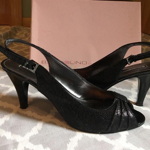 1c786b9a31 Bandolino black textile shiny sling back pumps Bandolino Peep Toe Pumps.  Heel measures approximately 3.5