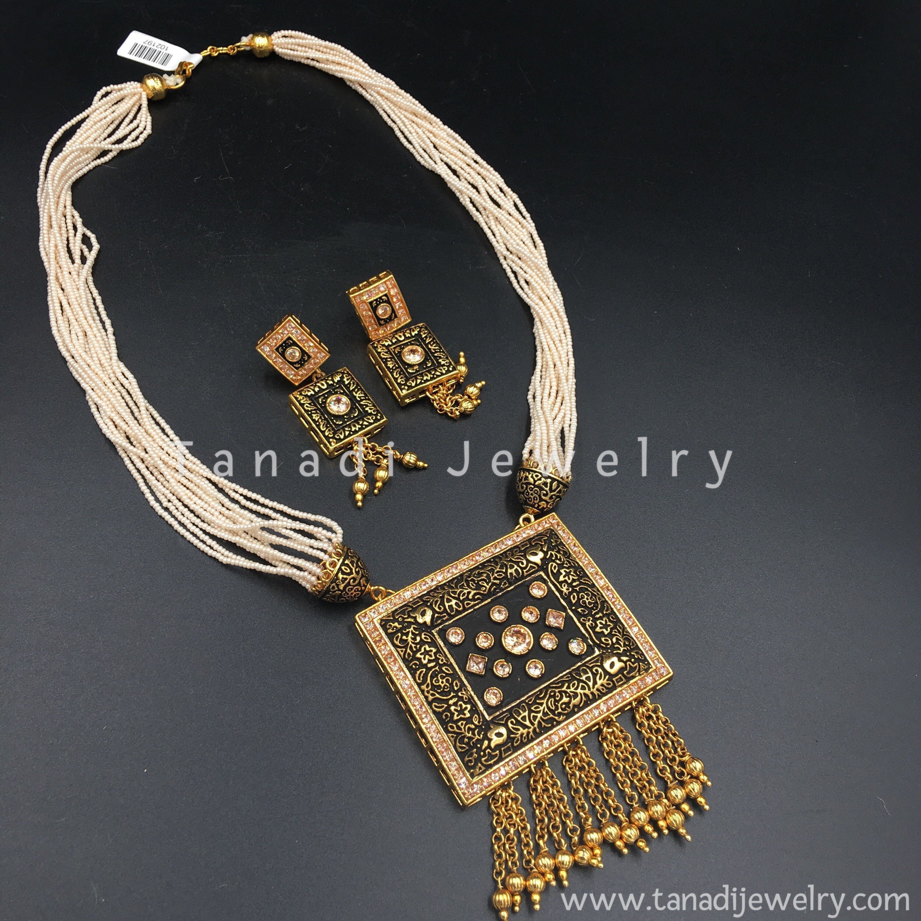 Black design rectangle pendant with peach stones and moti chain in