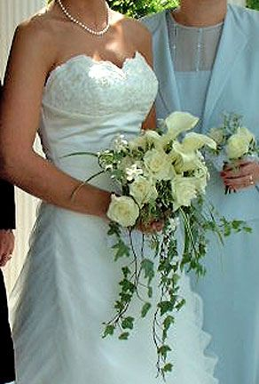Rose And Calla Lily Wedding Bouquet With Ivy By Beikmann