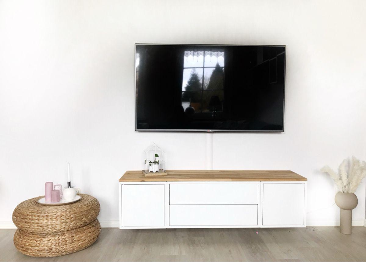 Tv Bank Mit Ikea Eket Und Cooee Vase In 2020 Ikea Eket Room Inspiration Ikea Hack