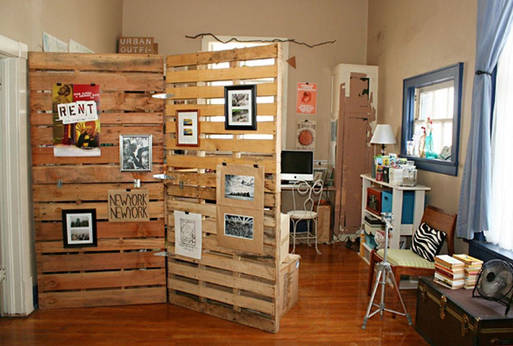 Ongekend Creatief interieur met paletten   Room divider ideas diy, Kamer QN-48
