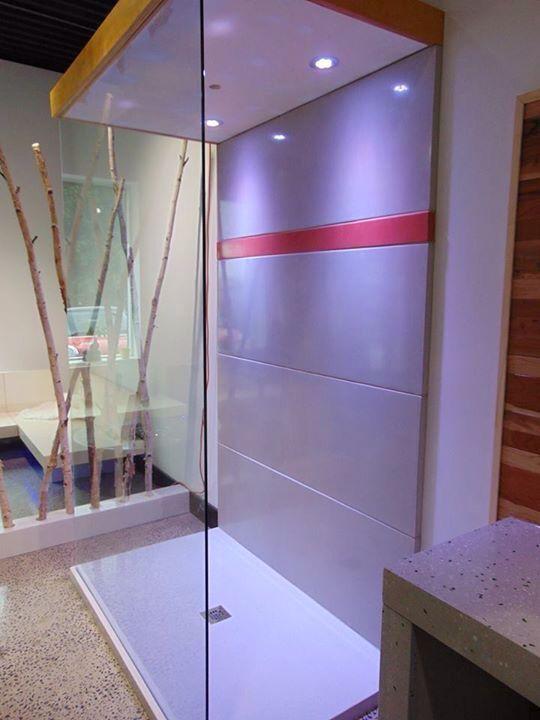 Douche de b ton poli avec clairage au led salle bain room home decor et furniture - Eclairage led salle de bain ...