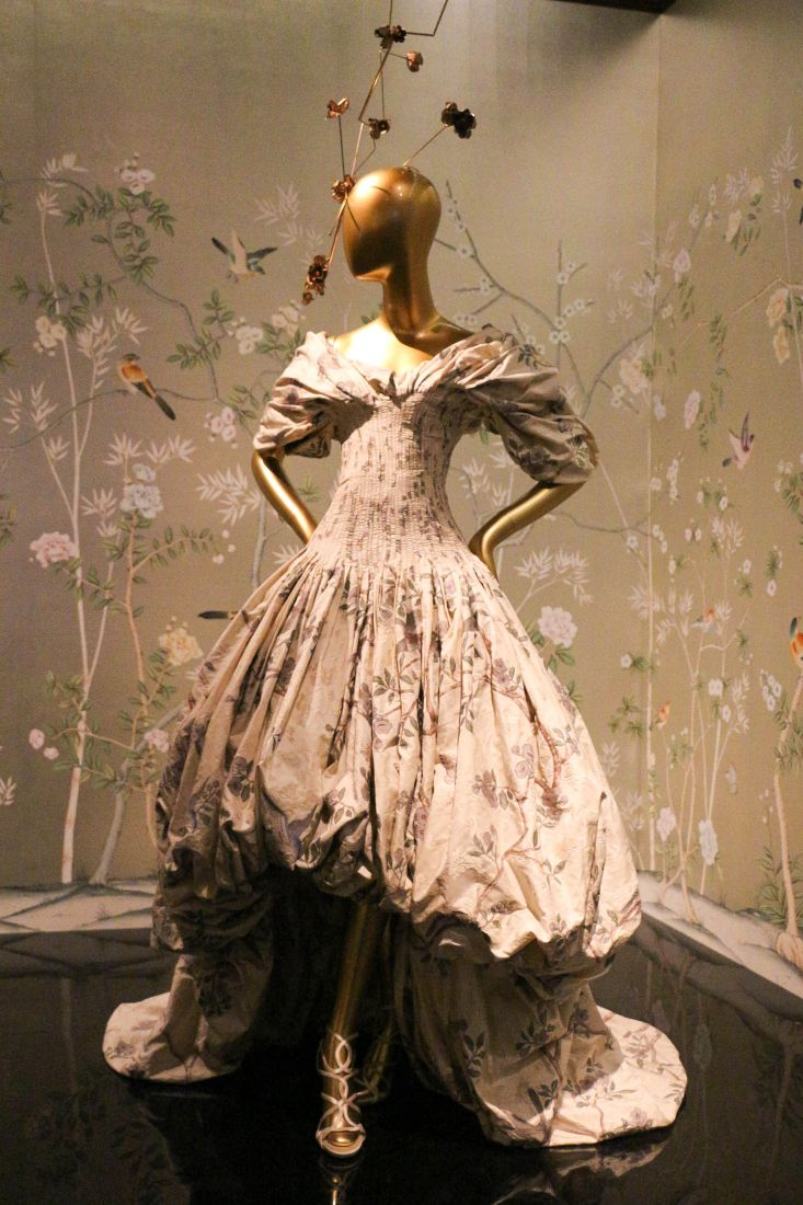 A Day At The Met Through The Looking Glass Fashion Legend Costume Institute
