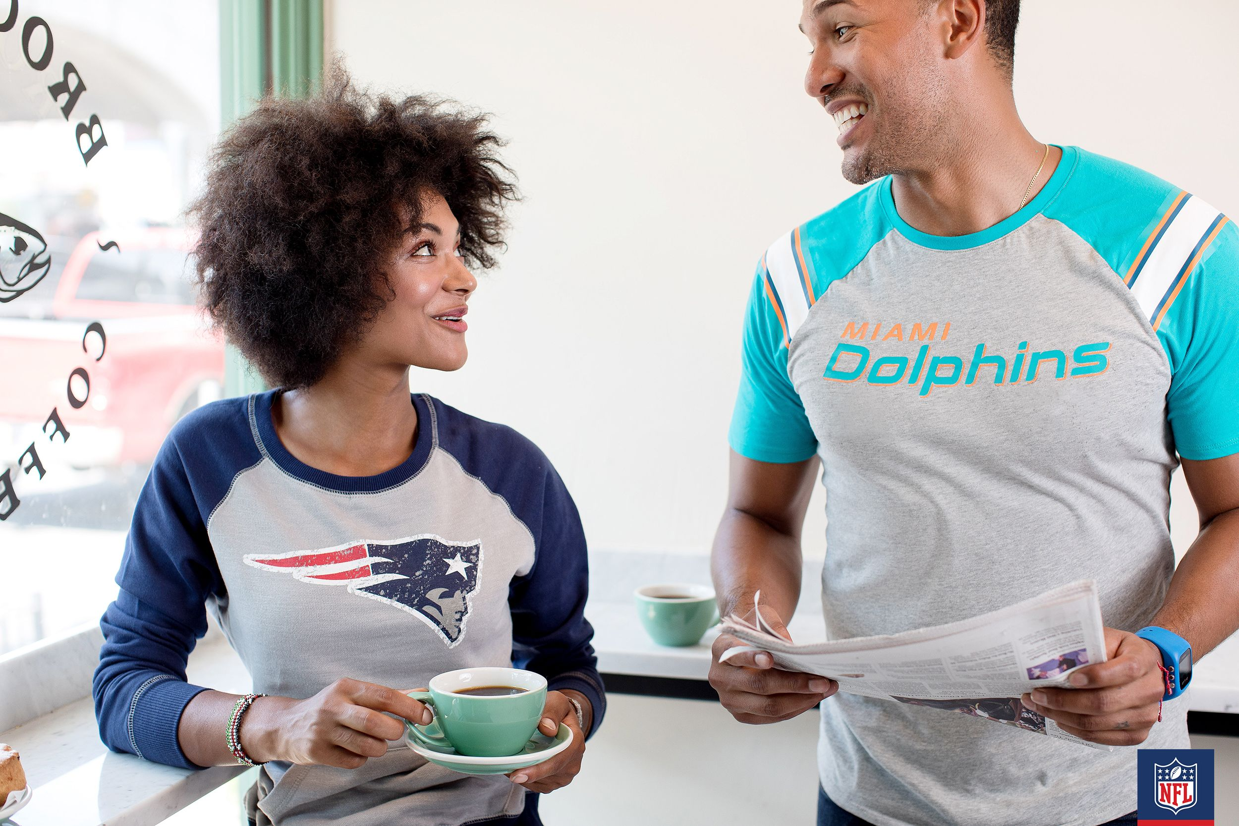 Miami vs. New England rivalry in the house?! Whether you rep the New England Patriots or the Miami Dolphins, you can look cool and casual all day long.