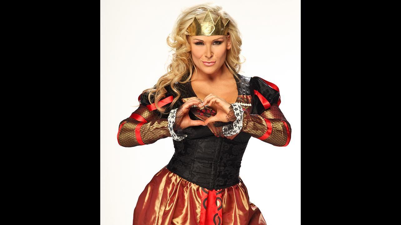 50 best diva halloween costumes ever photos wwecom - Wwe Halloween Divas