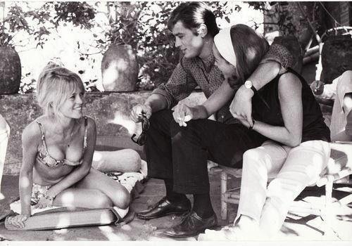 Brigitte Bardot Alain Delon Nathalie Delon Avec Images Delon