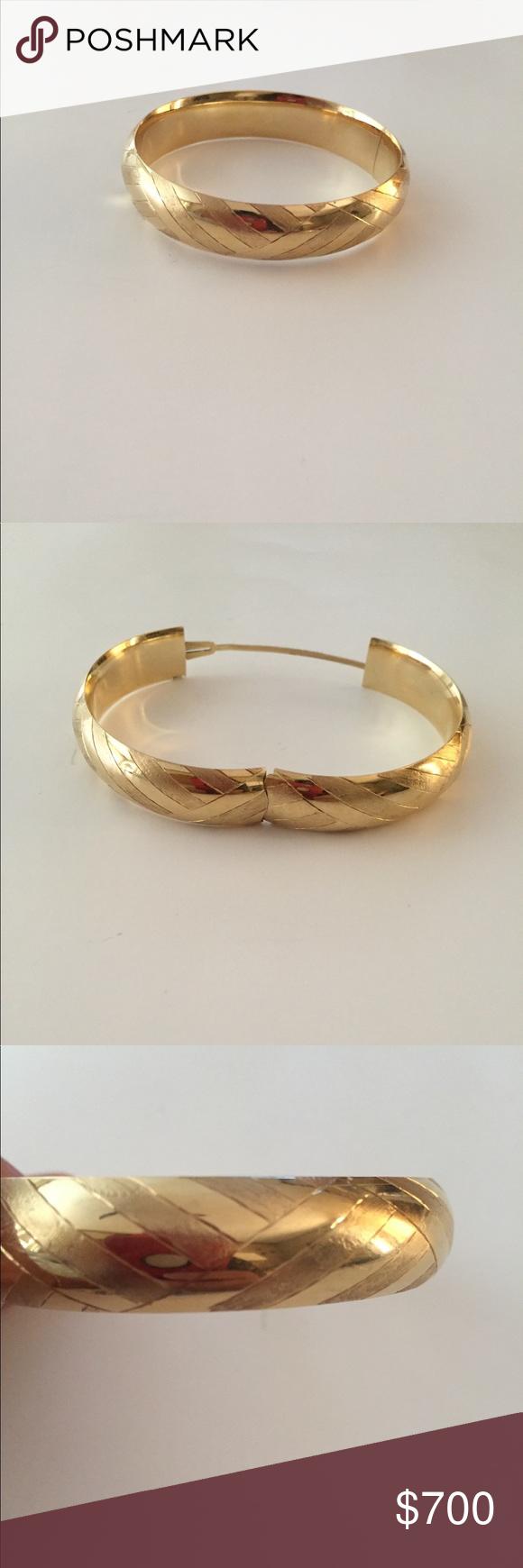 Vintage k yellow gold bangle g make offer gold bangles