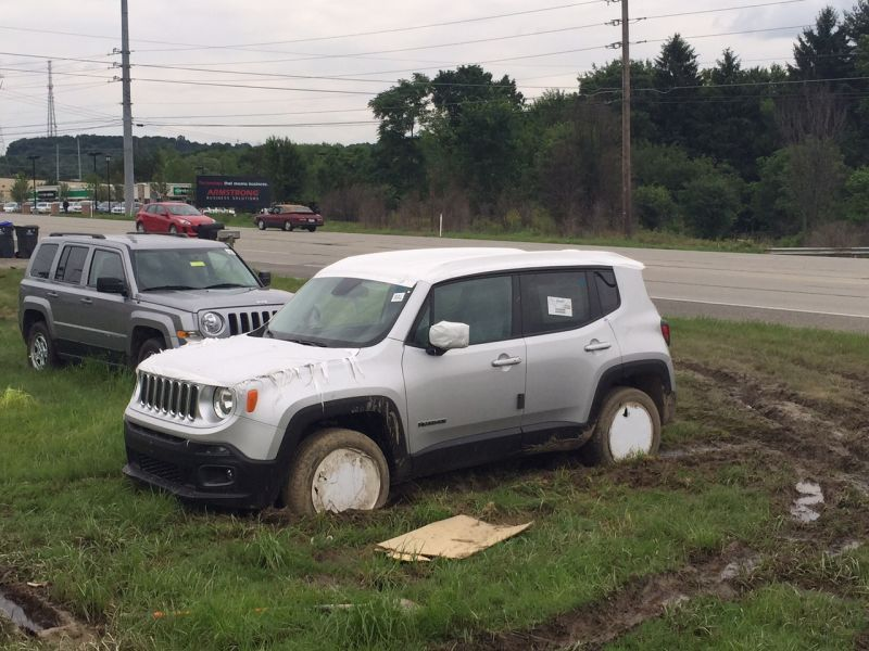 So How Do The New Jeep Cherokee And Renegade Do In The Mud New