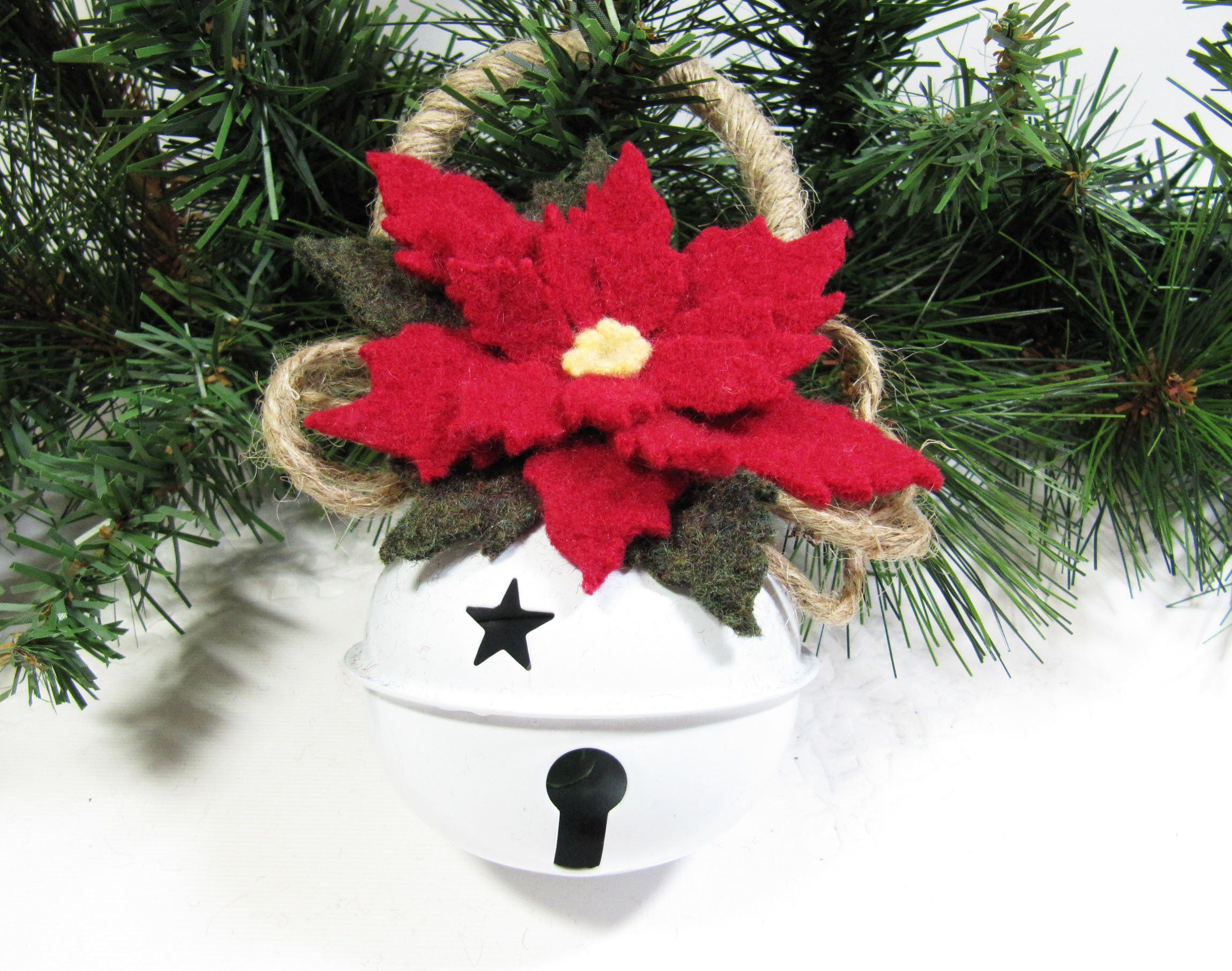 Jingle Bell Christmas Tree Ornament Wool Felt Poinsettia Christmas Holiday Decoration Decor Hostess Teacher Gift