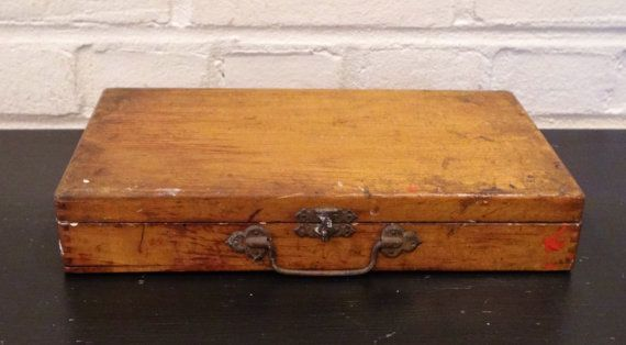 Vintage Artist's Wooden Painters Box / Dovetailed / by ThistleBleu