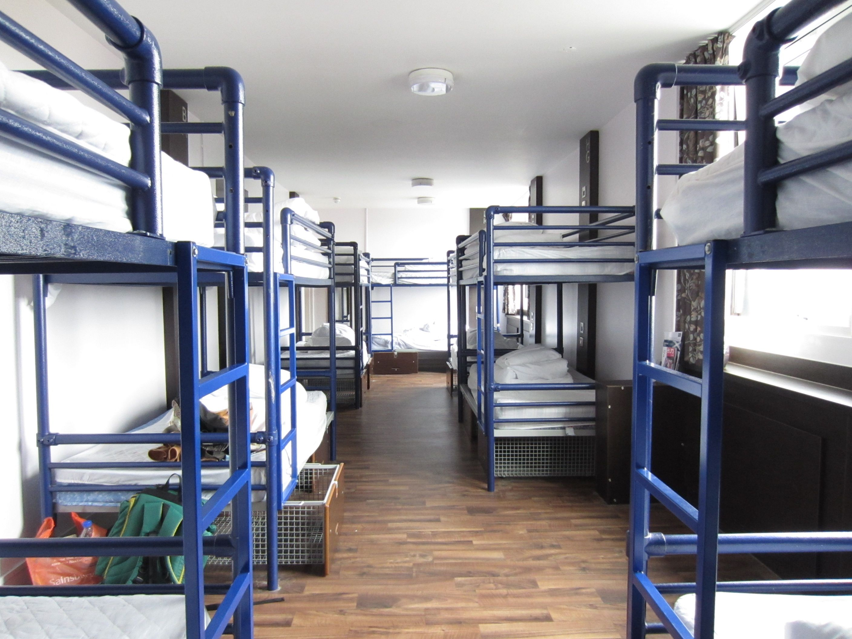 14 bed female dorm with lockers under the beds - Euro Hostel Glasgow
