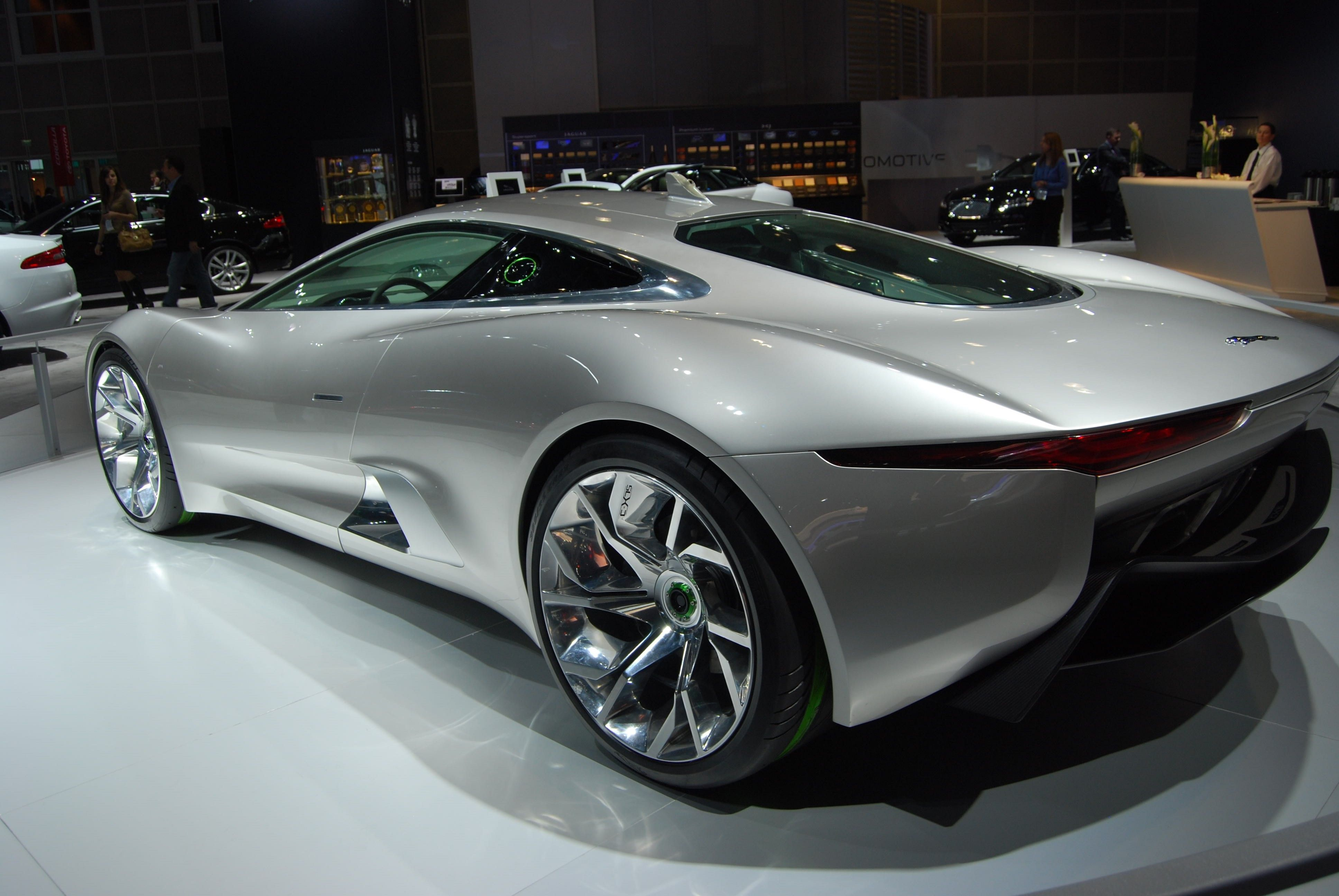 Jaguar Cars Wallpapers | Free Download HD Latest New Motor Images