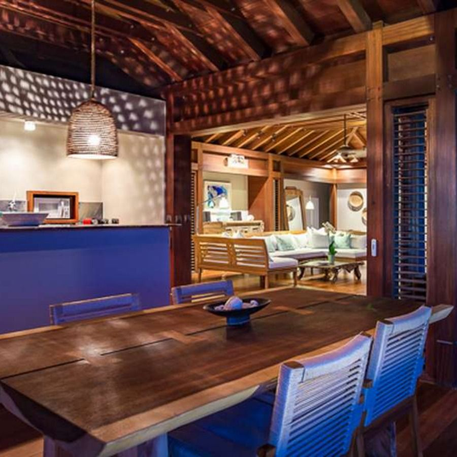 Living Room Translate To Indo: Classic Caribbean Vibes In The Living Room Of Villa WV AMA