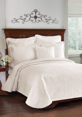 Historic Charleston King Charles Matelasse Coverlet Collection   Ivory    Queen