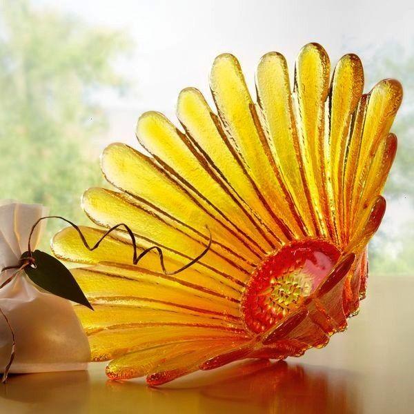 glass sunflowers  geschmolzene glas sonnenblumen  tournesols en verre fondu  girasoles de vidrio fundido  fused glass ideas fused glass art fused glass tutorial fused gla...