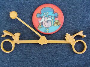 Details About Old Vintage Captain Capn Crunch Cereal Box Prize Toy