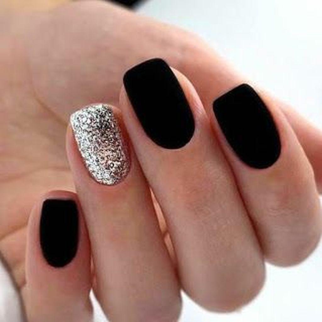 Simple Nail Art Ideas For Women 17 In 2020 Matte Black Nails Black Nail Designs Nail Design Inspiration