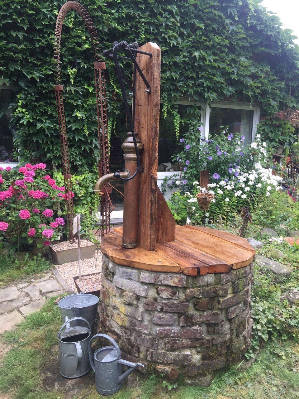 Brunnen Mit Schwengelpumpe Brunnen Garten Gartenbrunnen Wasserbecken Garten