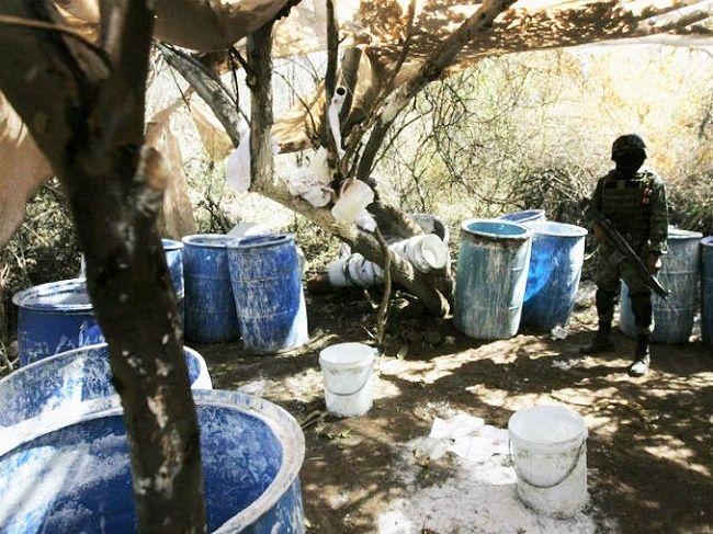 Desmantelan narco laboratorio en Zapopan; PGR - http://www.notimundo.com.mx/desmantelan-narco-laboratorio/