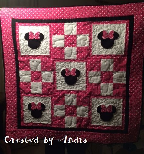 Minnie Mouse Quilt Embroidery Machine Applique Was Found On Etsy Disney Quilt Mickey Mouse Quilt Girl Quilts Patterns