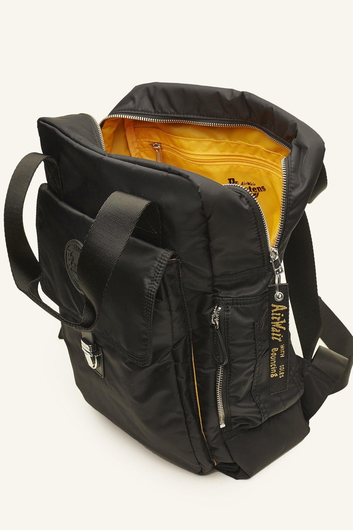 DR MARTENS Flight Backpack Black  924706b7a8241