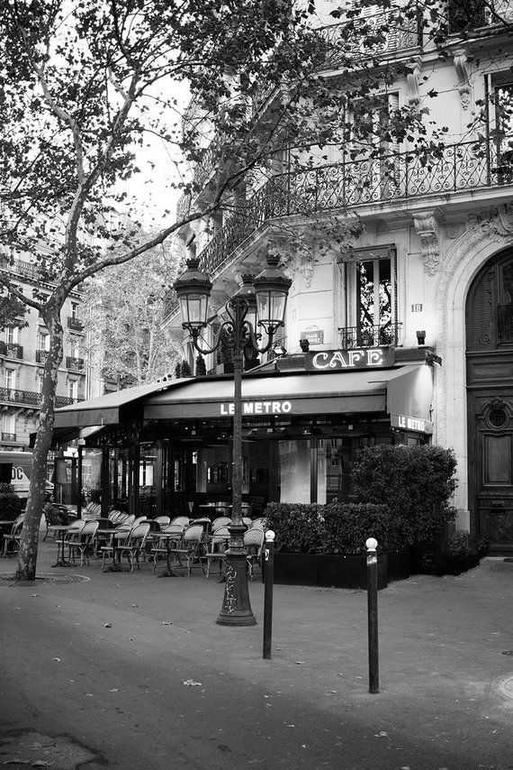 Photo of Paris in Black and White  — Every Day Parisian