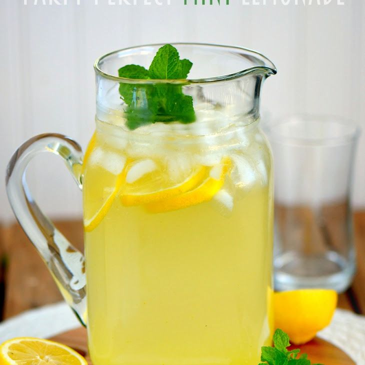 Lemonade Non Alcoholic Drinks: Party Perfect Mint Lemonade
