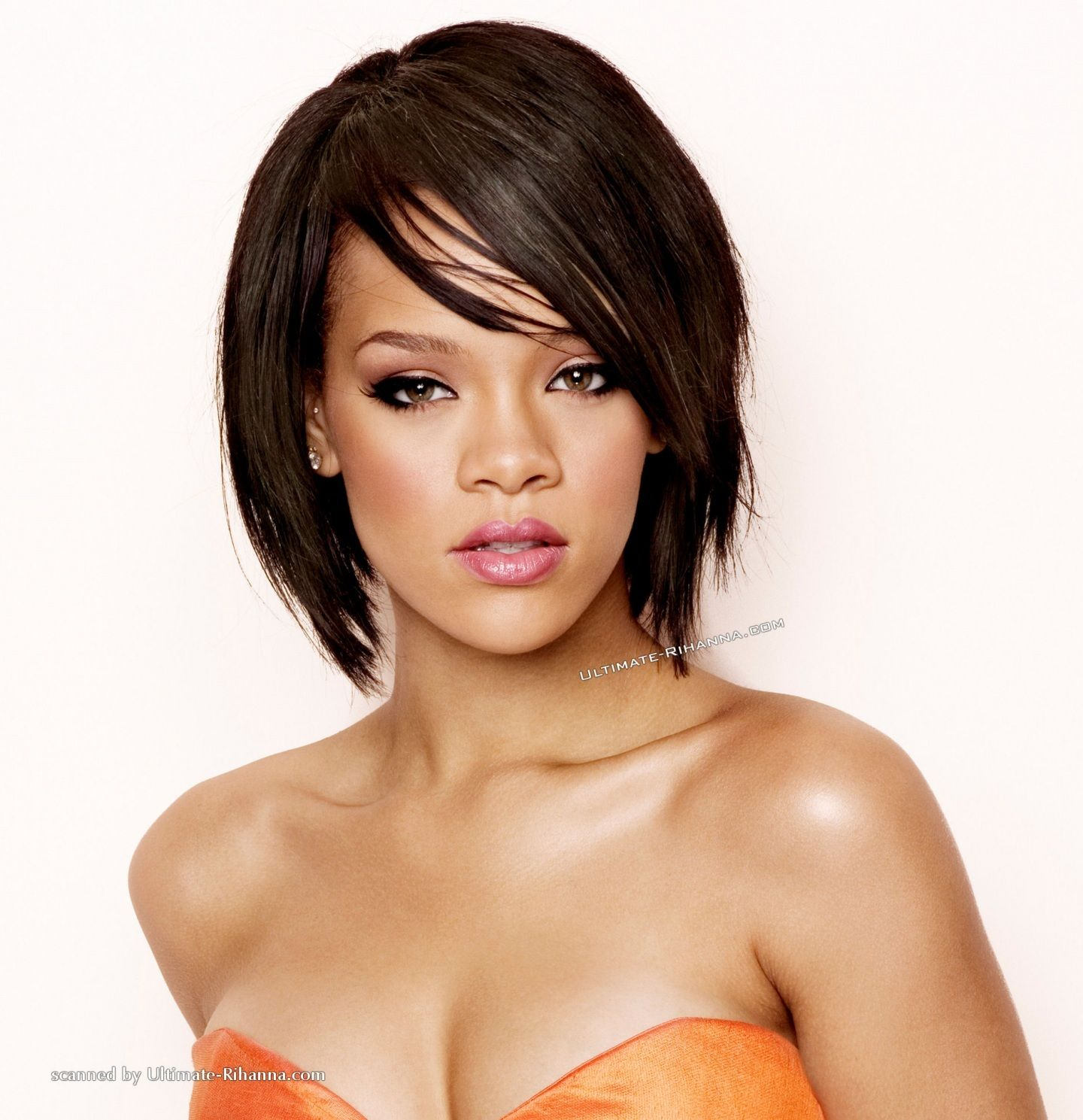 rihanna-bob-hairstyles-front-and-back-view-905995475.jpg ...