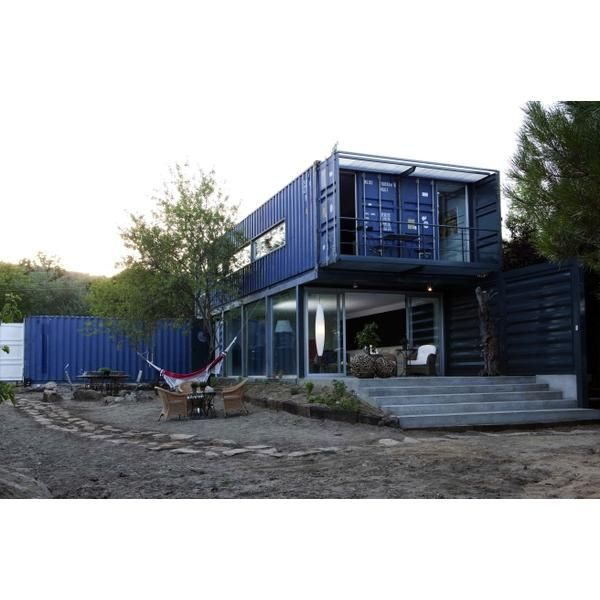 Vila espa a casa llamada el tiemblo arquitectura en - Arquitectura contenedores maritimos ...