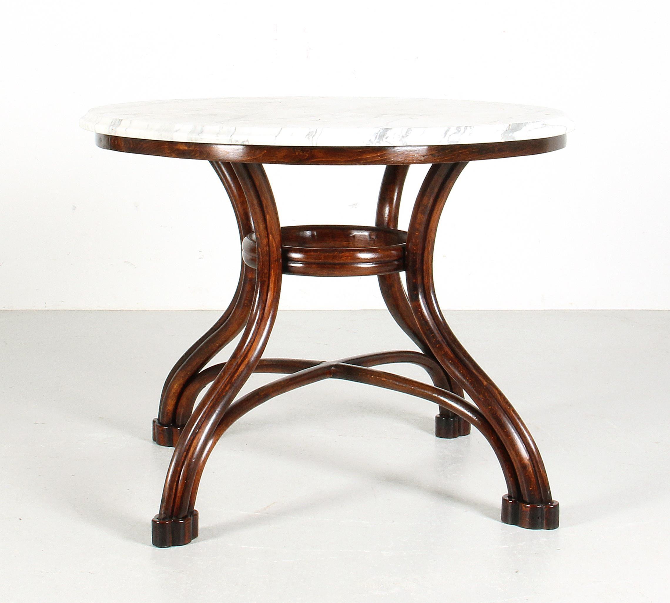 Thonet Tisch Nr 14 Mit Weiße Marmorplatte Erneuert H 78 Cm Dm