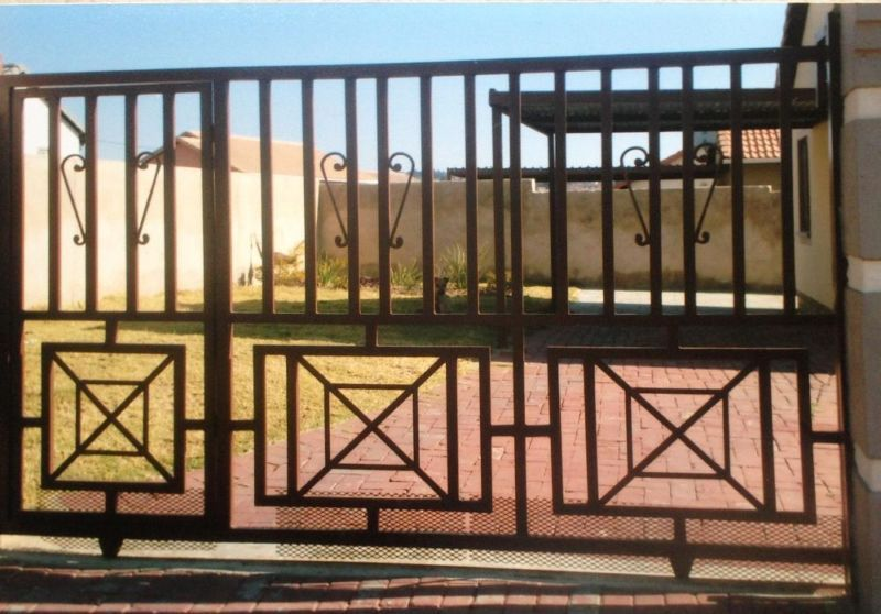 Agaia Projects Sliding Gate Driveway Gates Swing Gateswe Custom Design Manufacture And Instal Steel And Iron Gates Aff Driveway Gate Sliding Gate Steel Gate