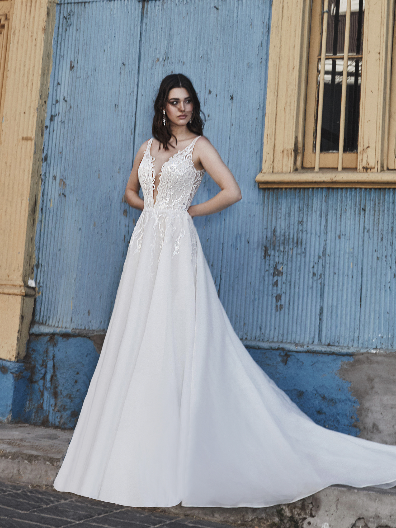 L Amour By Calla Blanche Divina La9249 Ivory Ivory Sz 12 1298 Now 399 Available At In 2020 Wedding Dress Styles Beautiful Wedding Dresses Free Wedding Dress