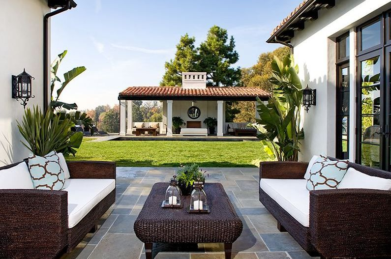 Outdoor Tiled Area With White Accents