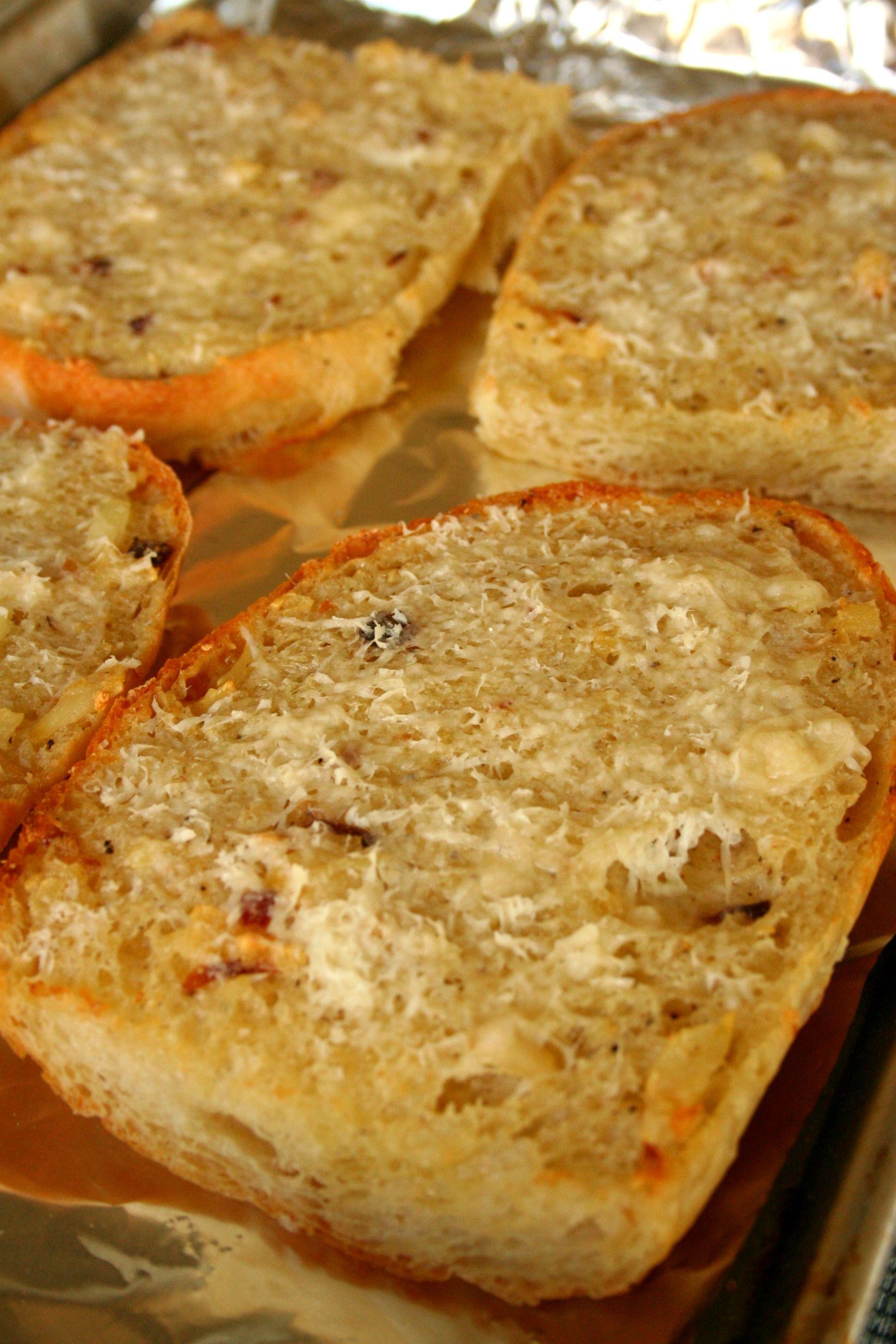 Roasted Garlic Bread | Food recipes, Food, Cooking recipes
