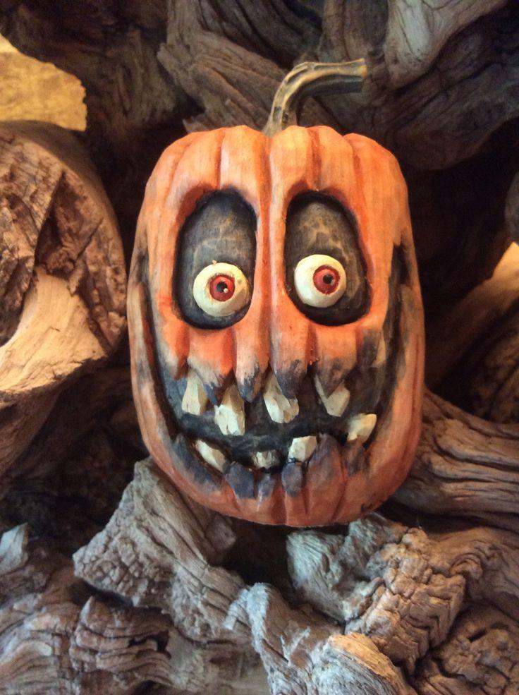 Spooky jack o lantern face * in 2020 Halloween pumpkins